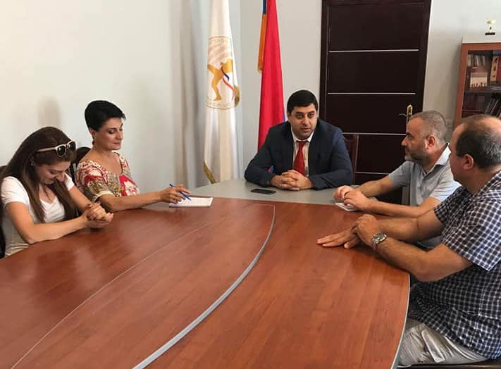 Armenian Minister of Sport met Mr. Seto...